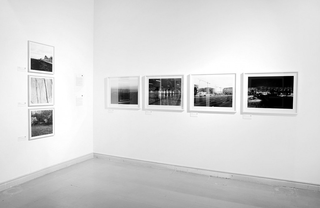"Display of Borders 2013-2015 (on the left), Budapest 4x5"" on the right."